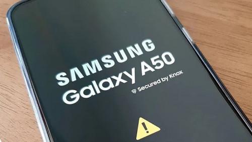 Владельцы некоторых моделей Samsung Galaxy жалуются на внезапную перезагрузку смартфонов